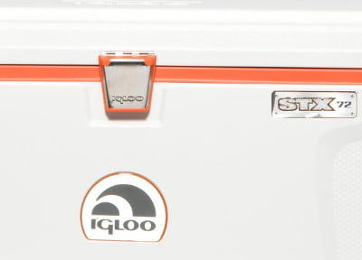 Igloo Super Tough STX - Latches